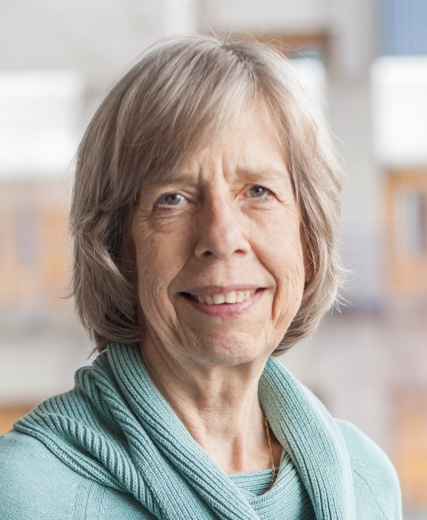 Annemieke Töns